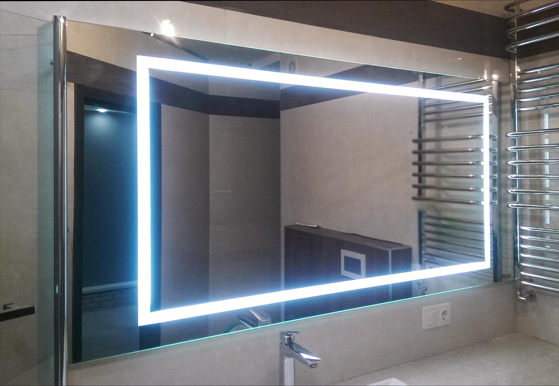 дзеркало в ванну